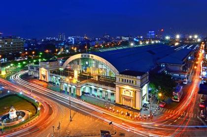 华南蓬火车站