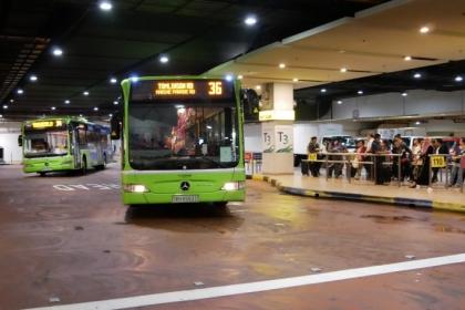 坐公交车从新加坡机场往返市区