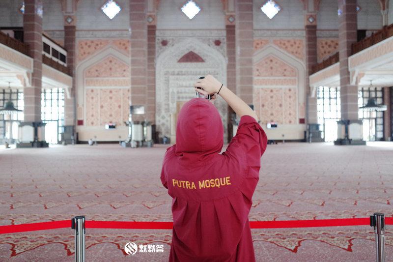 粉红清真寺,粉红清真寺,Masjid Putra