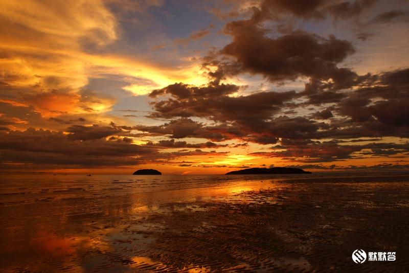 丹绒亚路海滩,丹绒亚路海滩,Pantai Tanjung Aru
