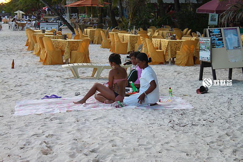 阿罗娜海滩,阿罗娜海滩,Alona Beach