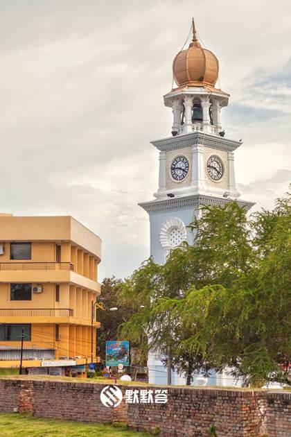 旧关仔角钟楼,旧关仔角钟楼,Queen Victoria Memorial Clock Tower